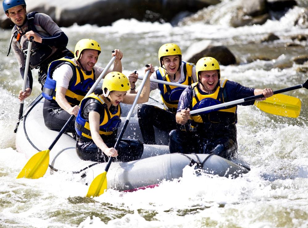 Onde praticar rafting no Brasil? Os melhores picos para se aventurar