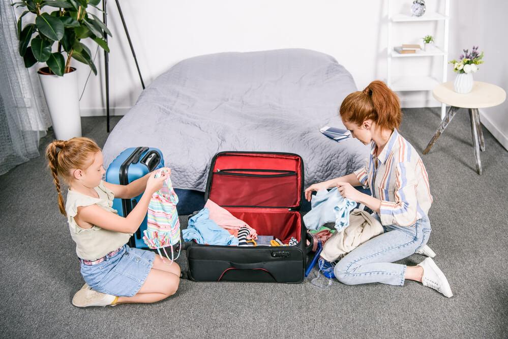 Aprenda como arrumar mala de criança sem complicações